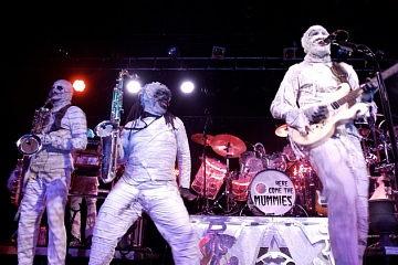Image: New Years Eve: Here Come The Mummies