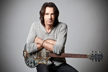 """Image: Rick Springfield – """"Stripped Down"""""""