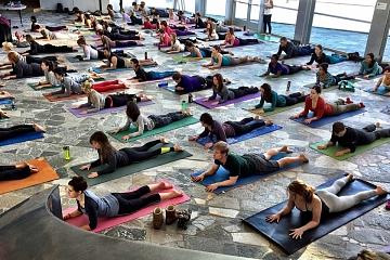 Image: Artful Yoga: Holiday Flow